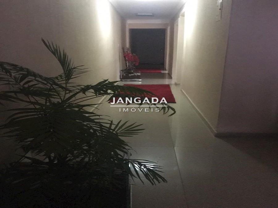 casa com 03 dormitórios e 02 vagas de garagem no jd. veloso - 11548v