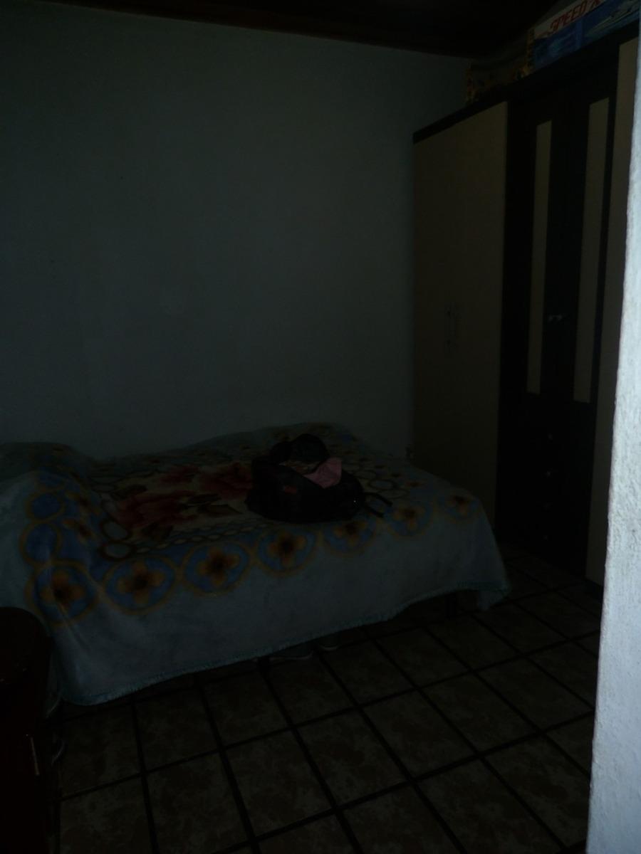 casa com 03 dormitórios ( sendo 01 suíte)-mairinque
