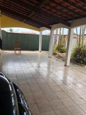 casa com 03 quartos, lado praia no cibratel em itanhaém/sp