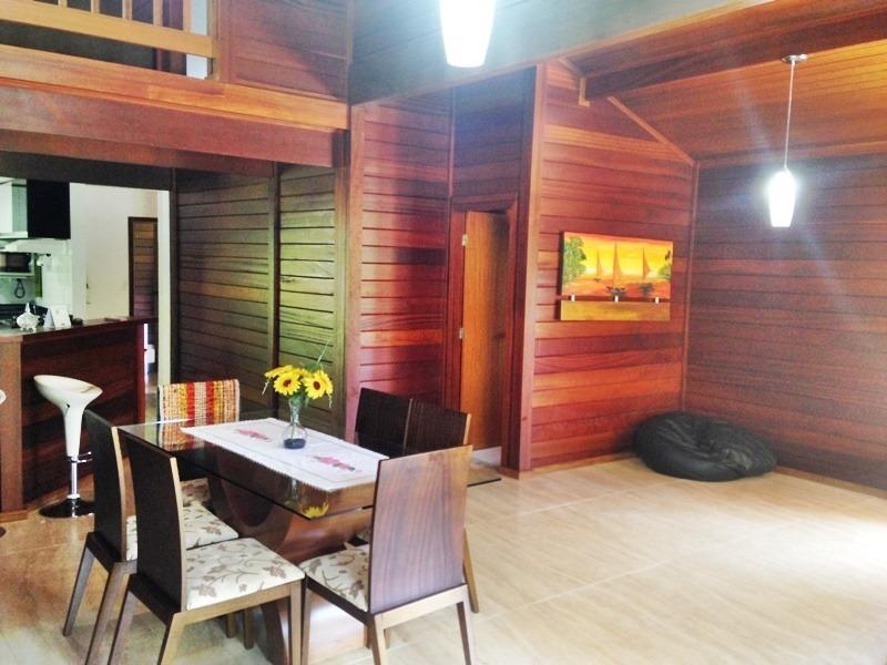 casa com 03 suítes, localizada em condomínio fechado - 621