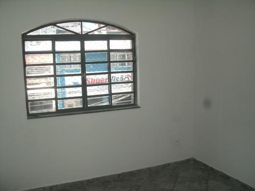 casa com 04 dormitórios cod. 8880