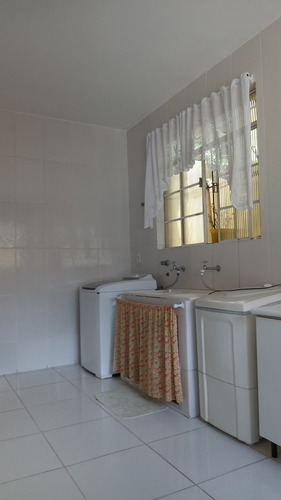 casa com 04 quartos com habite-se no bairro sagrada família - pr2415