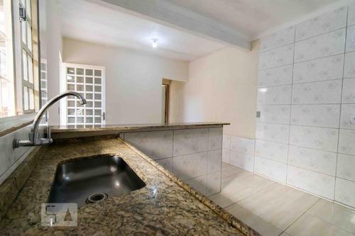 casa com 1 dormitório e 1 garagem - id: 892954623 - 254623