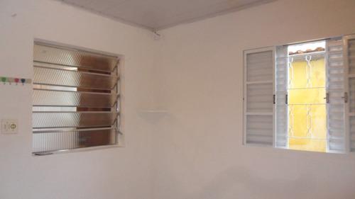 casa com 1 dormitorio, em condominio no jd peri