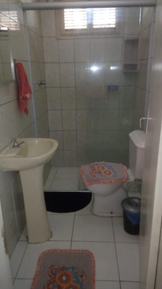 casa com 1 quarto, 1 suite e mais 7 comodos