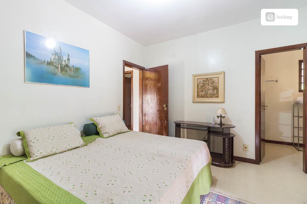casa com 1000m² e 6 quartos  - 11160