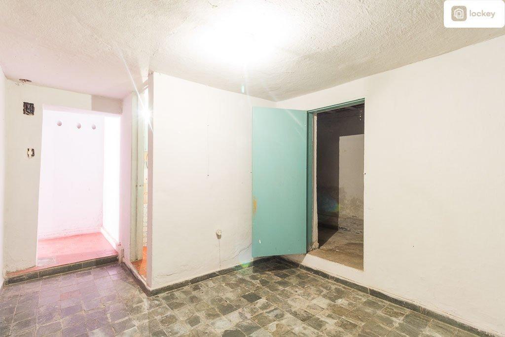 casa com 15m² e 1 quarto - 10675