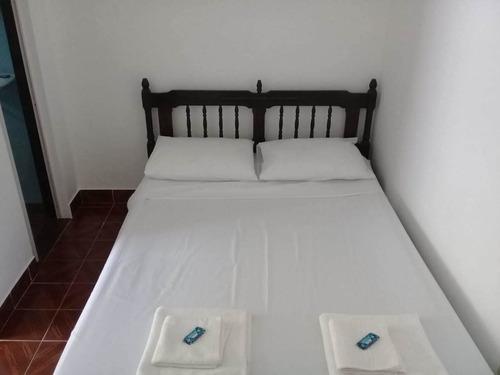 casa com 2 dormitórios + 3 suítes independentes