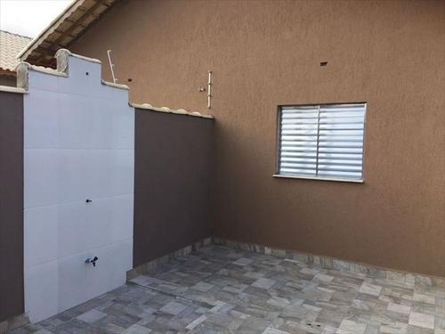 casa com 2 dormitórios a venda em itanhaém.