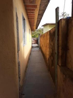 casa com 2 dormitórios bem localizado em itanhaém