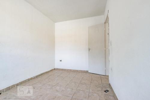 casa com 2 dormitórios e 2 garagens - id: 892956838 - 256838