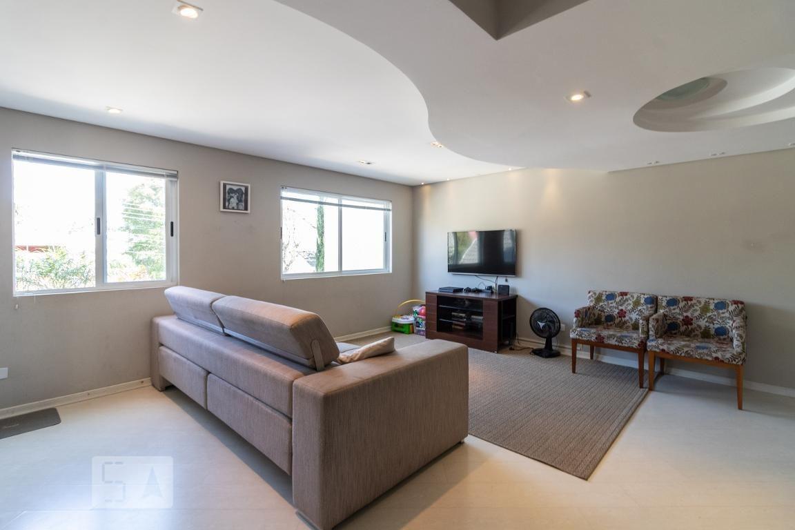 casa com 2 dormitórios e 3 garagens - id: 892972345 - 272345