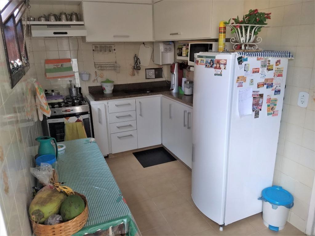 casa com 2 dormitórios à venda, 118 m² por r$ 400.000,00 - serra grande - niterói/rj - ca0693