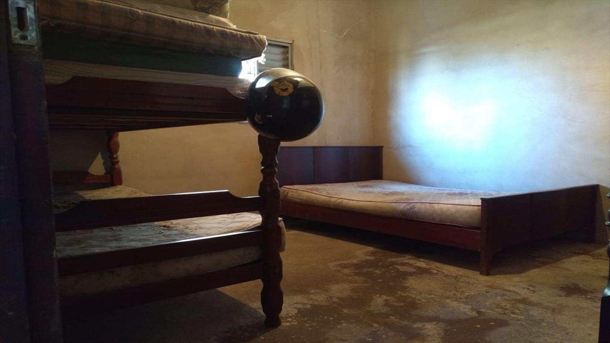casa com 2 dorms, balneário itaguai, mongaguá - r$ 300 mil, cod: 6582 - v6582