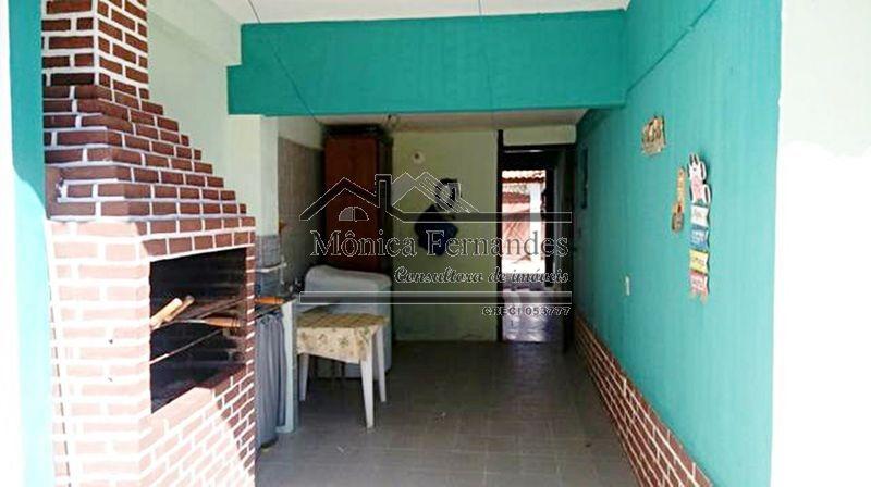 casa com 2 quartos, 1 suíte, churrasqueira no centro em mari