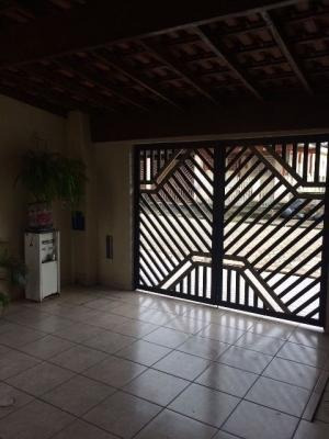 casa com 2 quartos churrasqueira,em itanhaém/sp