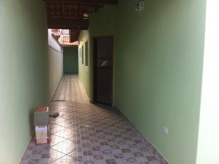 casa com 2 quartos em itanhaém/sp
