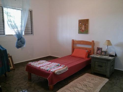 casa com 2 quartos, lado praia, com escritura, visite!