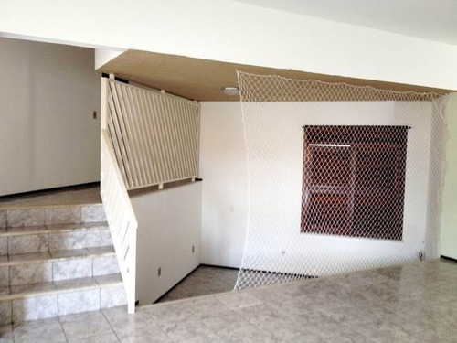 casa com 2 quartos na cidade dos funcionários, dce, garagem