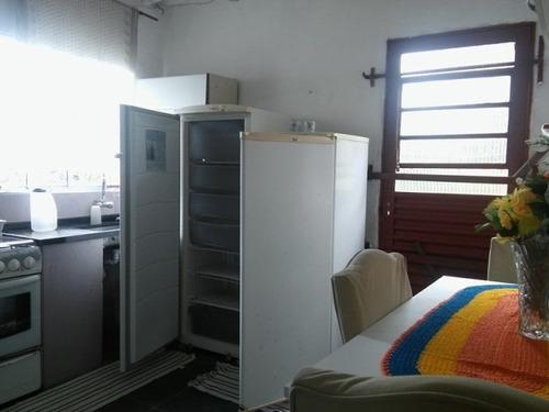 casa com 2 quartos na praia, perto do mar!