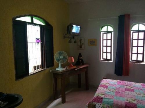 casa com 2 quartos,em itanhaém/sp