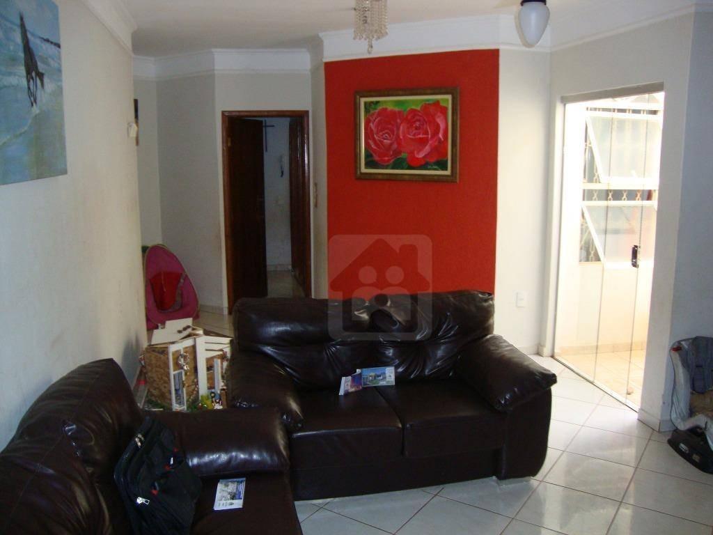 casa com 3 dormitórios para alugar, 110 m² por r$ 950/mês - água branca ii - araçatuba/sp - ca0243