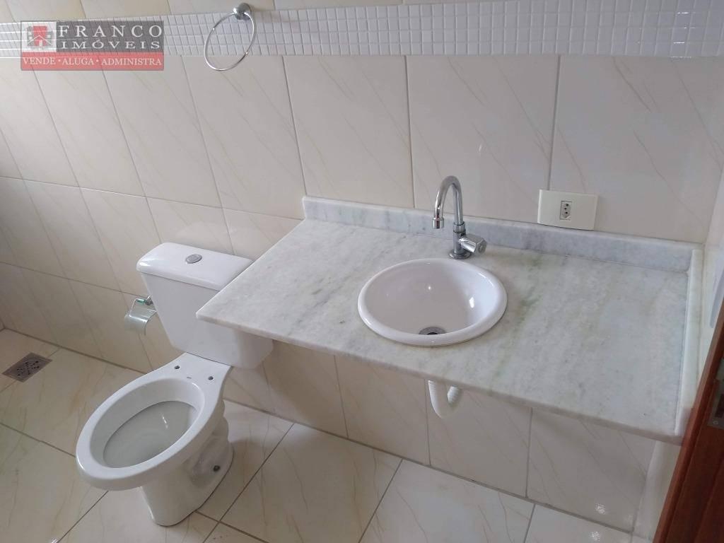 casa com 3 dormitórios para alugar, r$ 1.800,00/mês - jardim imperial - valinhos/sp - ca0603
