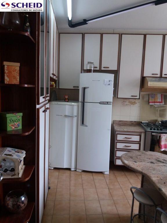 casa com 3 dormitórios sala cozinha 4 banheiros quintal área de serviço. - mc4153