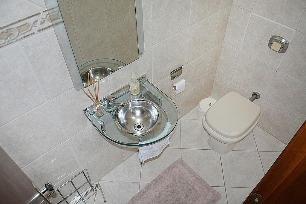casa com 3 dormitórios sendo 1 suíte à venda, 280 m² por r$ 490.000 - garcia - blumenau/sc - ca1138