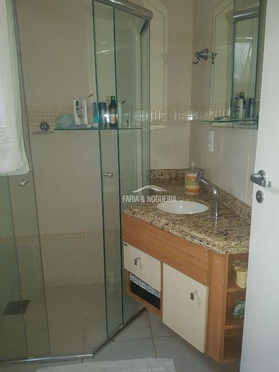 casa com 3 dormitórios sendo 2 suítes  à venda, 210 m² por r$ 640.000 - jardim itapuã - rio claro/sp - ca0363