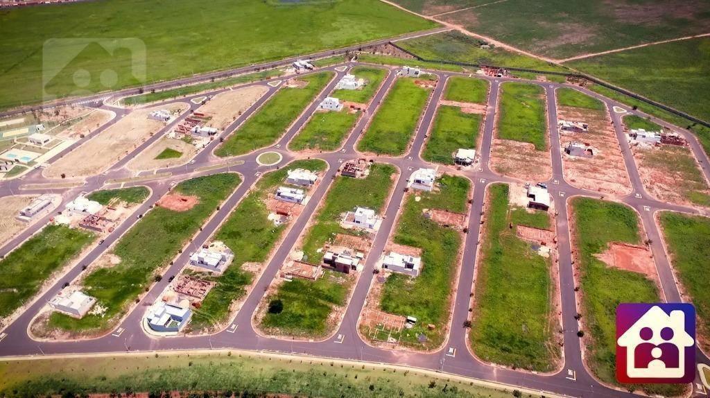 casa com 3 dormitórios, sendo uma suite à venda, 262 m² por r$ 550.000 - aeroporto - araçatuba/sp - ca0948