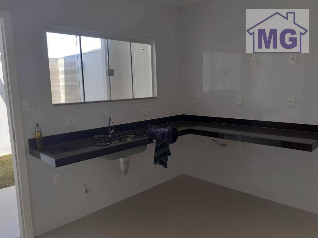 casa com 3 dormitórios à venda, 130 m² por r$ 420.000,00 - vale das palmeiras - macaé/rj - ca0274