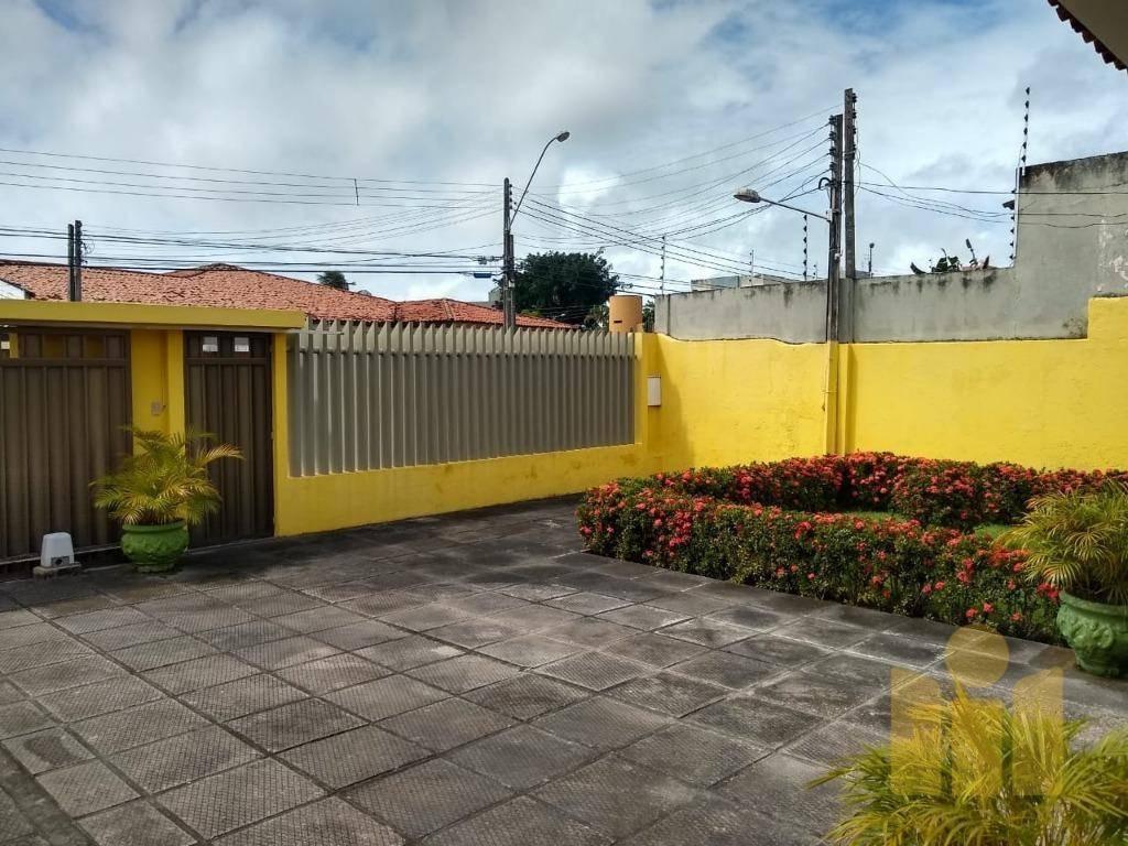 casa com 3 dormitórios à venda, 199 m² por r$ 550.000 - gruta de lourdes - maceió/al - ca0336