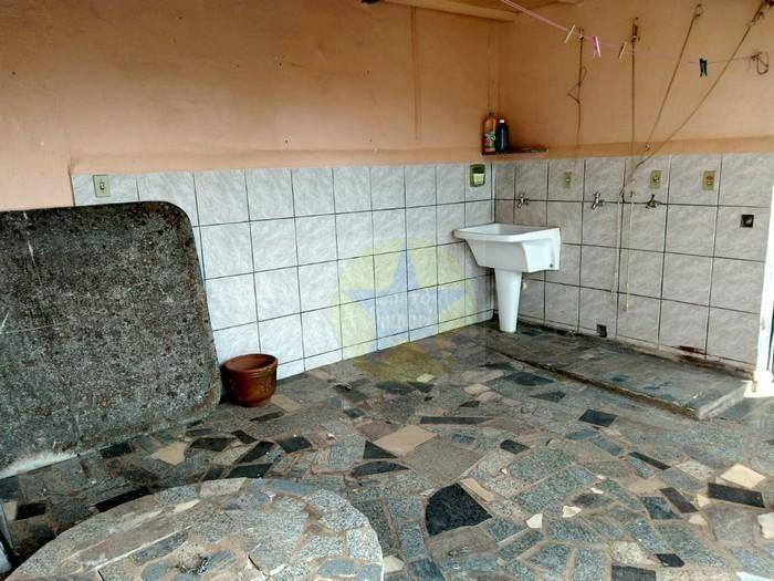 casa com 3 dormitórios à venda, 220 m² por r$ 439 mil - jardim dos pinheiros - atibaia sp - ca1802