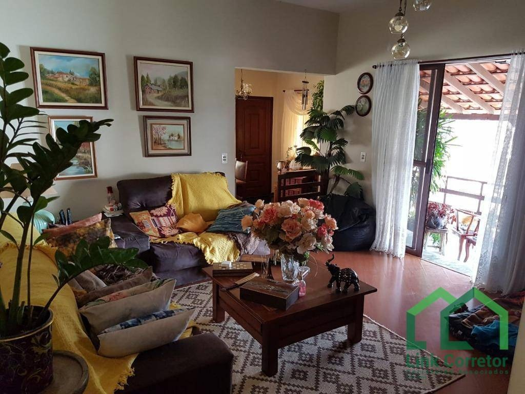 casa com 3 dormitórios à venda, 225 m² por r$ 570.000,00 - lopes - valinhos/sp - ca0247