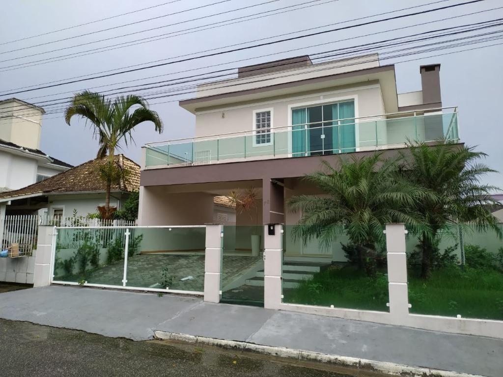 casa com 3 dormitórios à venda, 300 m² por r$ 779.000,00 - cidade universitária pedra branca - palhoça/sc - ca2227
