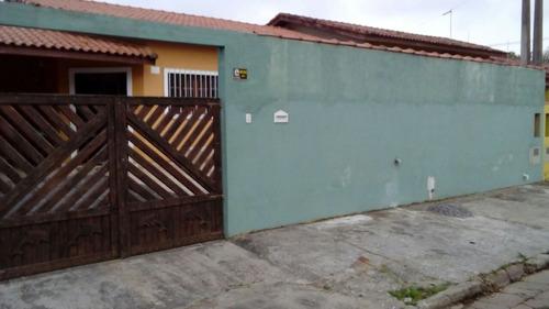 casa com 3 dorms 1 suíte c/ piscina a 500 metros da praia