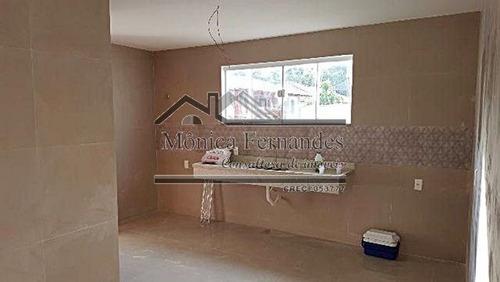casa com 3 quartos com área de lazer completa no condomínio