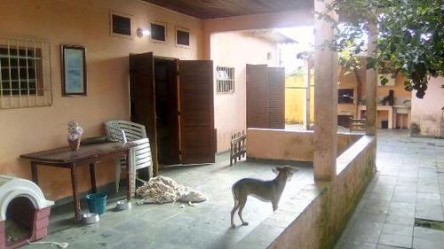 casa com 3 quartos em itanhaém-sp, no lado praia! ref 4523-p
