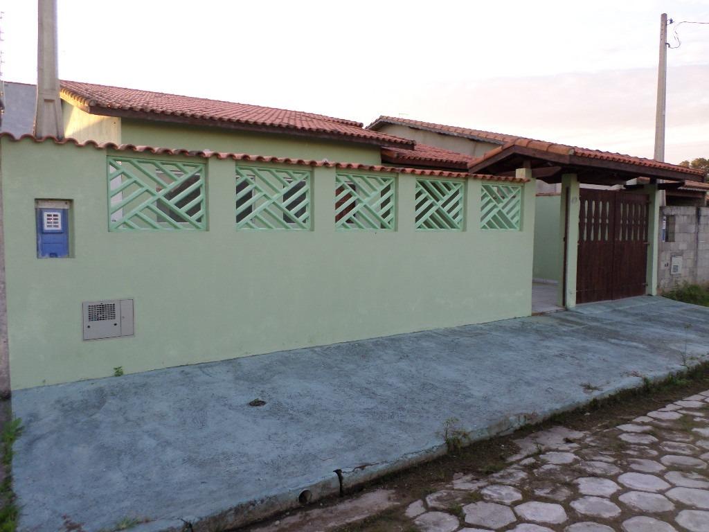 casa com 3 quartos, lado praia, 600 metros do mar, nova!