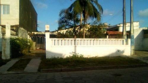 casa com 3 quartos lado praia, rua calçada, ótimo bairro!