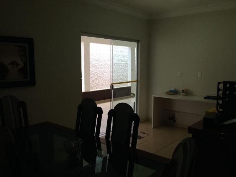 casa com 3 quarto(s) no bairro jardim california em cuiabá - mt - 00410