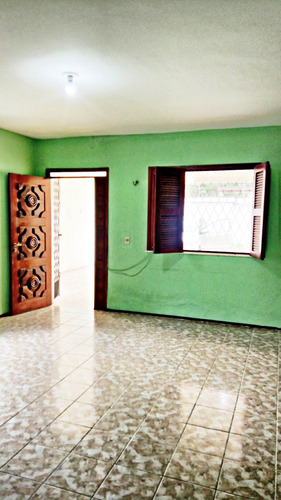 casa com 3 quartos no cocó, garagem, área de serviço