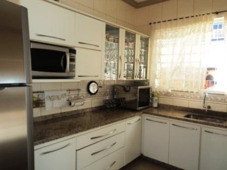 casa com 3 quartos para comprar no sagrada família em belo horizonte/mg - 18524