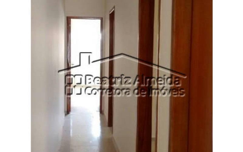 casa com 3 quartos sendo 1 suíte em itaipuaçu