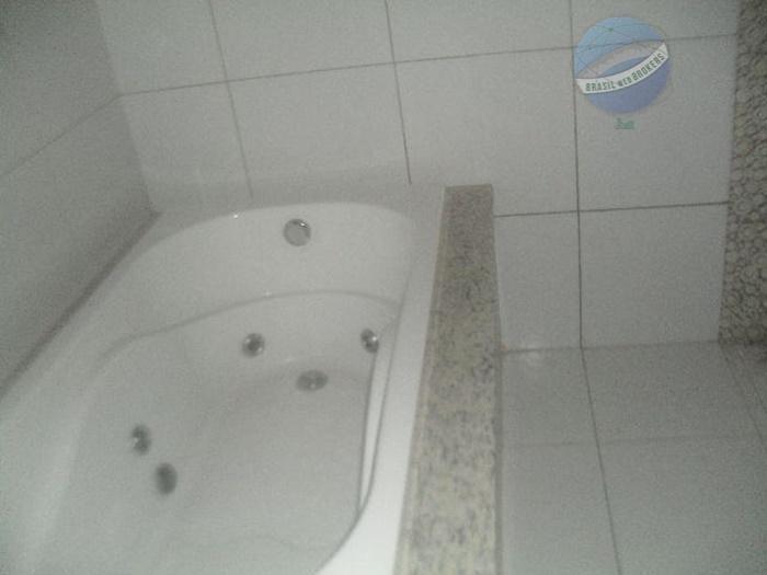 casa com 3 quartos, sendo um suíte master com banheira, em ótima localização - ca0014