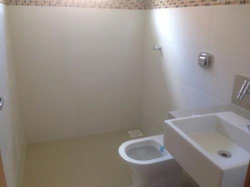 casa com 3 quartos à venda
