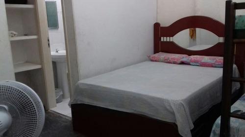 casa com 3 suítes 1 dormitório e 2 banheiros lado praia