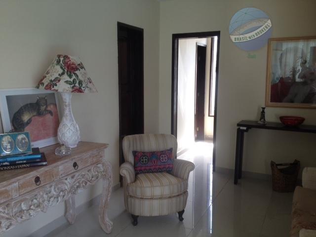 casa com 3 suítes em excelente localização de capim macio - ca0071