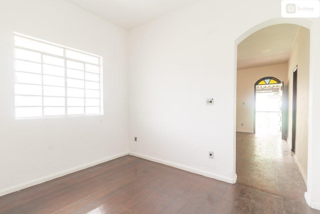 casa com 318m² e 3 quartos  - 11583